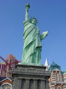 Statue_of_Liberty_-_Las_Vegas